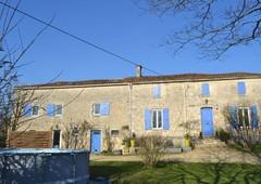 maison villa vente ardin m tres carr s 210 dans le domaine de 35km of parthenay 79 deux sevres ref vsa1392