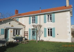 maison villa vente france m tres carr s 150 dans le domaine de 79 deux sevres ref vsa1343