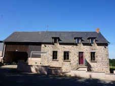 mayenne, mayenne - eur 220000 - super rural country house with outbuildings